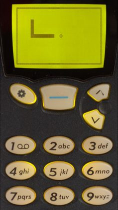 Snake '97 retro phone classic